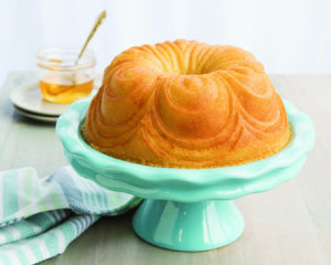 Backform Chiffon Bundt Pan / Gold - Nordic Ware